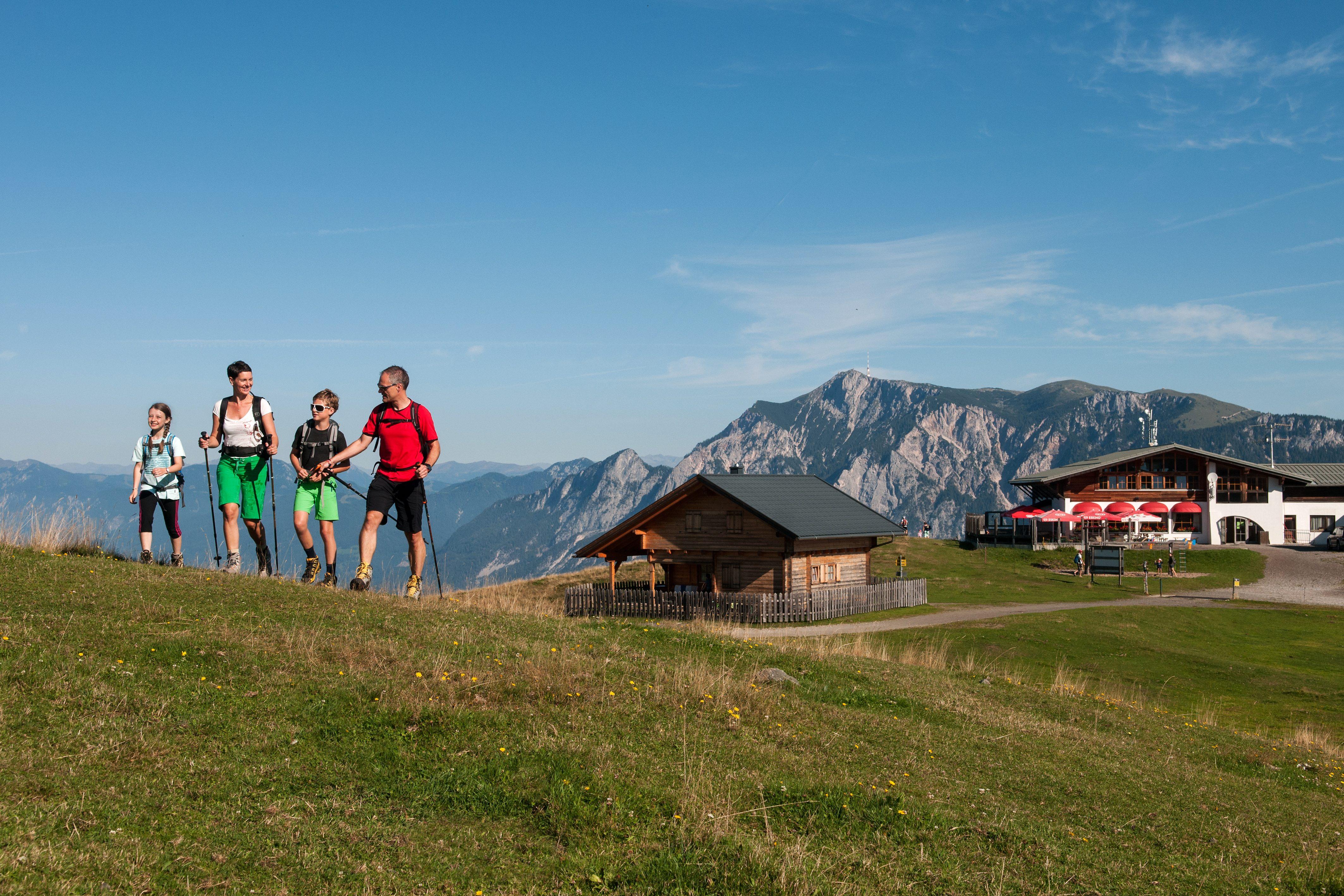 Familienwanderung in Kärnten - Bergbahn Dreiländereck, Ferienregion Arnoldstein
