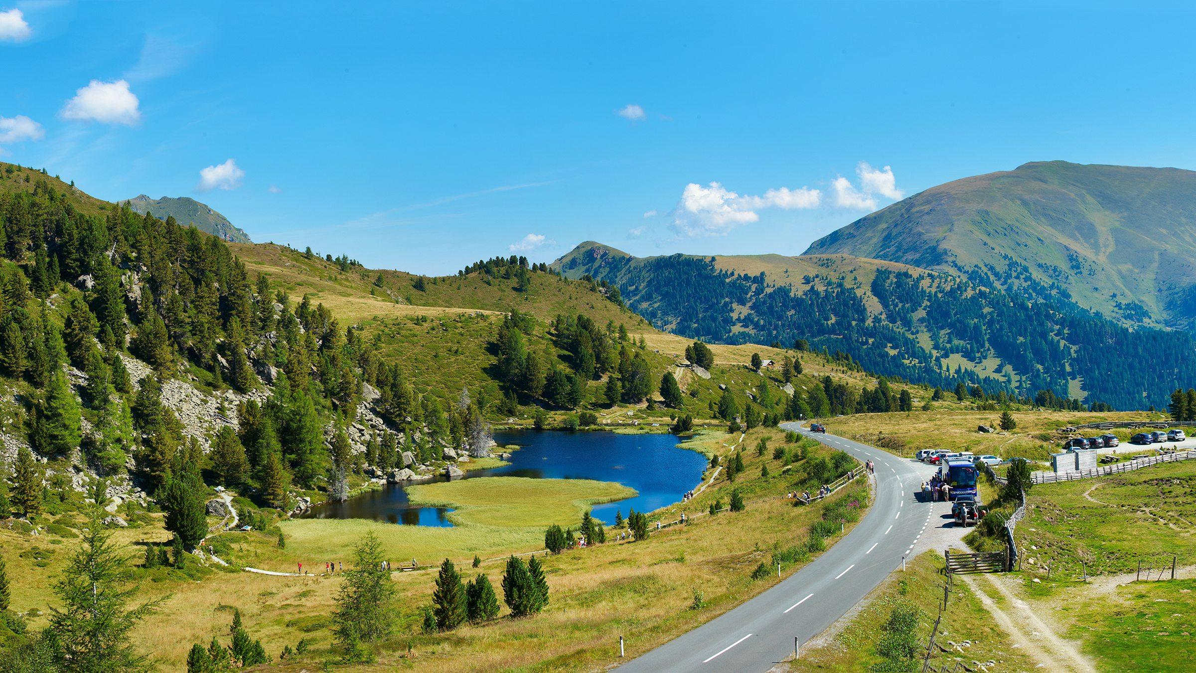 Auf der Nockalmstraße erleben sie Europas einizigen Biosphärenpark im sanften Hochgebirge!